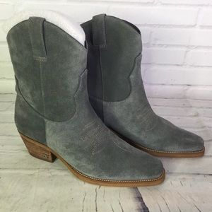 Sam Edelman Sz 6 Gray Suede Leather Western Boots